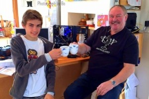 Photo 4 Toasting success with tea WEB